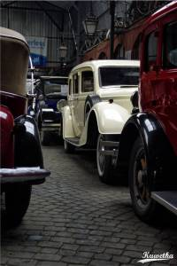 Biały Horch 830 BL limuzyna