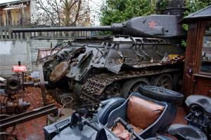Muzeum w Otrębusach - czołg T-34